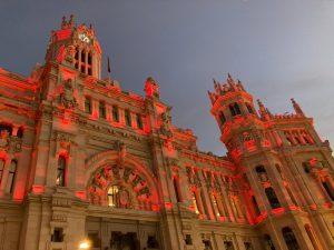 Palacio Cibeles iluminado Madrid